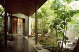 独立家屋で、ゆっくりくつろげる空間です*庭のホテル直営の和食レストラン