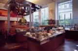 ミシュラン認定ホテル内にあるフレンチレストラン☆いつも活気に溢れています◎