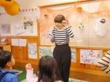 子ども達と一緒にダンスしたり歌を歌ったり、楽しいお仕事です