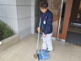 エントランスの掃除