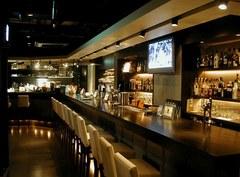 小さな個人店ですが、調理からお酒、お店の運営、経理まで学べます!!