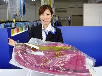 ノムラクリーニング 河内小阪店 受付スタッフのイメージ
