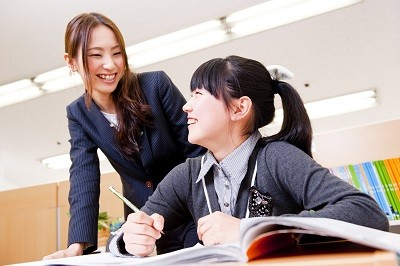 生徒と一緒に自分自身も学ぶことができる職場です!